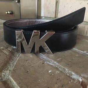 Large black leather MICHAEL KORS BELT